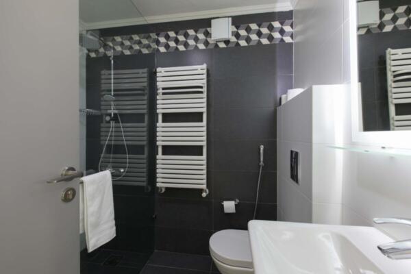 The Silk Valley - Piazza Bathroom