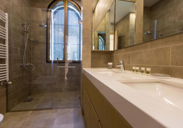 The Silk Valley - Villa bathroom