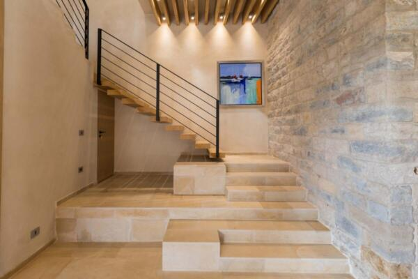 The Silk Valley - Villa stairs